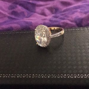 Jewelry - 14 kt gold plated ring